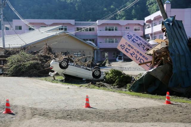 Ce typhon arrive alors qu'un autre, le 10e,Lionrock,... (PHOTO AFP)