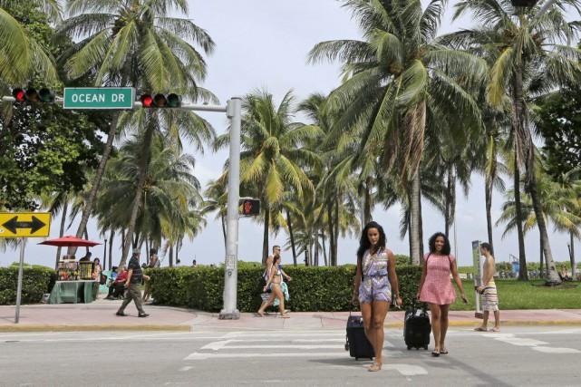 Les moustiques ont été capturés à Miami Beach,... (PHOTO Alan Diaz, AP)