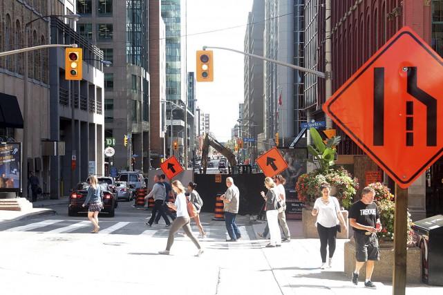 Plusieurs artères du centre-ville d'Ottawa se sont transformées... (Etienne Ranger, LeDroit)