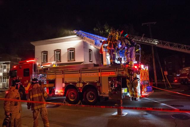 Les flammes auraient causé pour 30 000 $... (Collaboration spéciale, Steve Jolicoeur)