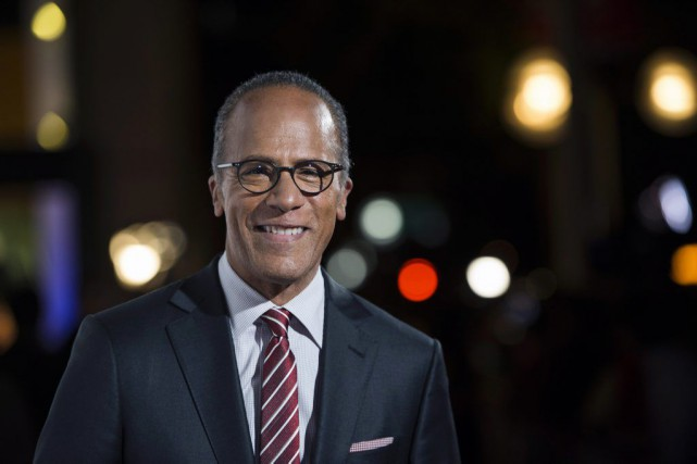 Lester Holt... (PHOTO ARCHIVES AP)