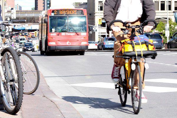 ÉDITORIAL / Six collisions entre des véhicules et des vélos en une semaine,... (Étienne Ranger, Archives LeDroit)