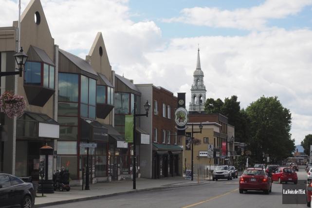 Le projet de revitalisation du centre-ville de Granby... (Alain Dion, La Voix de l'Est)