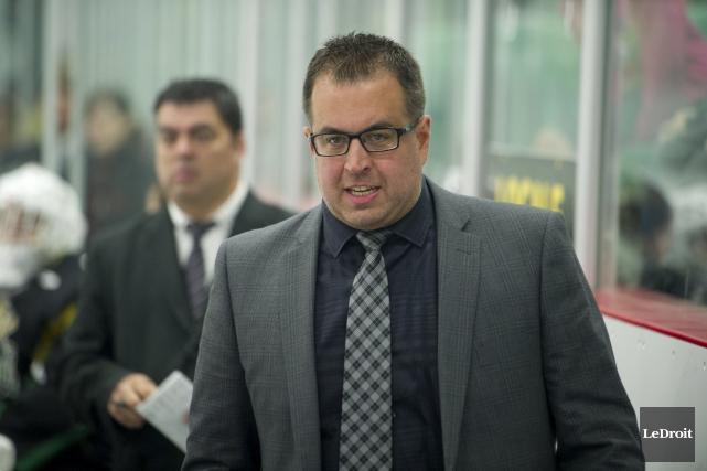 L'entraîneur-chef de l'Intrépide de Gatineau midget AAA, Martin... (Martin Roy, Archives LeDroit)
