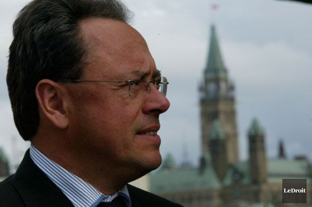 Même l'ex-maire Yves Ducharme, qui a oeuvré comme... (Archives, LeDroit)