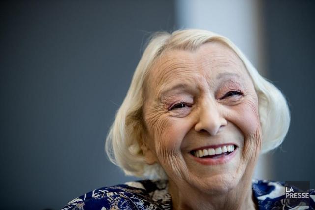 Lise Payette a profité des entrevues en marge... (PHOTO MARCO CAMPANOZZI, LA PRESSE)