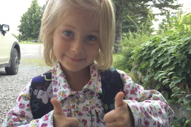 Zoé Guérin a fait son entrée à l'école... (Photo courtoisie)