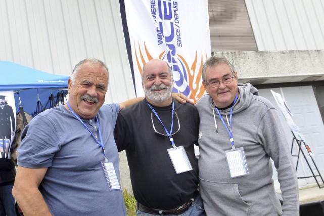 Plusieurs amateurs de sports de vent participent au... (Photo Le Progrès-dimanche, Rocket Lavoie)