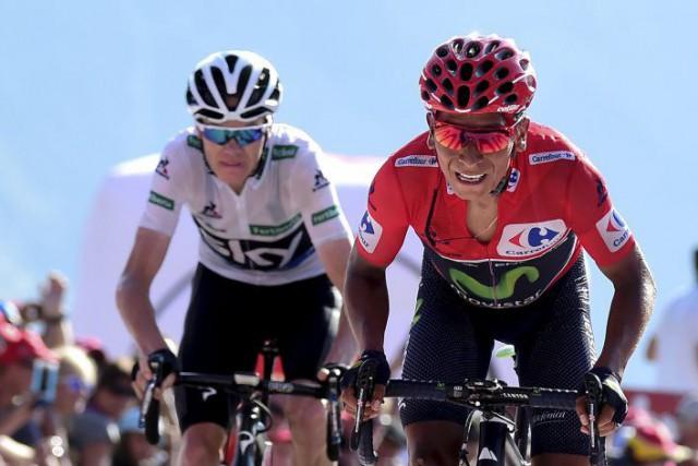 Nairo Quintana (à droite) et Christopher Froome lors... (PHOTO JOSE JORDAN, AFP)