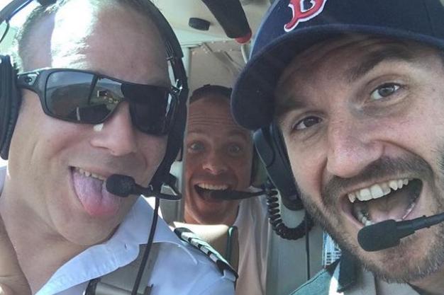 Le pilote Frédérick Décoste, le président des Capitales... (Photo tirée d'Instagram)