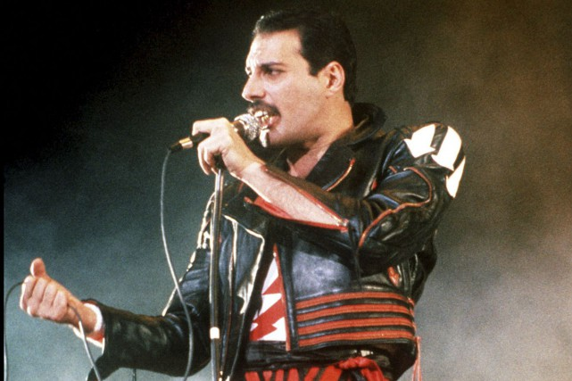 Freddie Mercury... (PHOTO ARCHIVES AP)