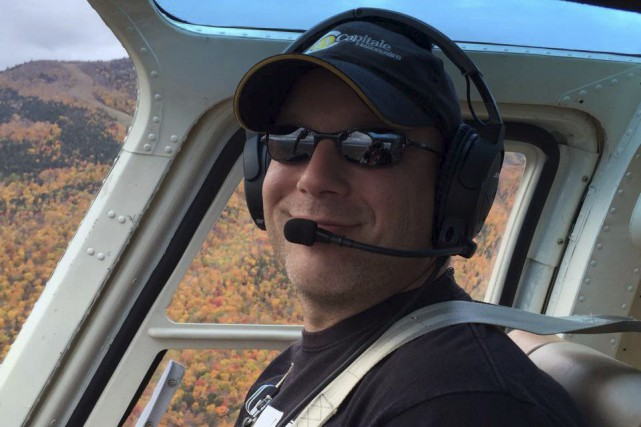 L'hélicoptère que pilotait Frédérick Décoste s'est écrasé dimanche,... (Tirée de Facebook)