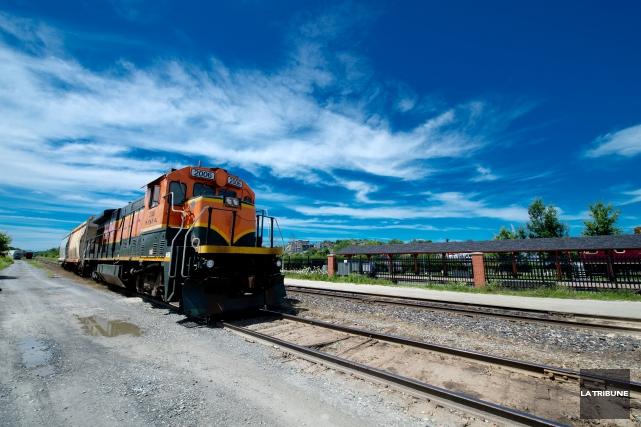 Sherbrooke pourrait de nouveau être relié à Montréal par train. Le projet de... (Archives, La Tribune Jessica Garneau)