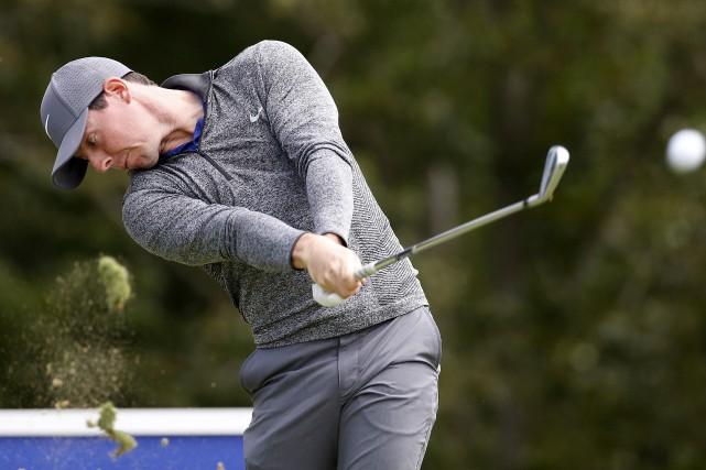 Rory McIlroy a remporté le Championnat Deutsche Bank,... (AP, Michael Dwyer)