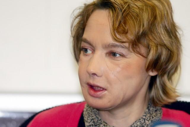La Française Isabelle Dinoire était devenue en 2005... (photo DENIS CHARLET, archives AFP)
