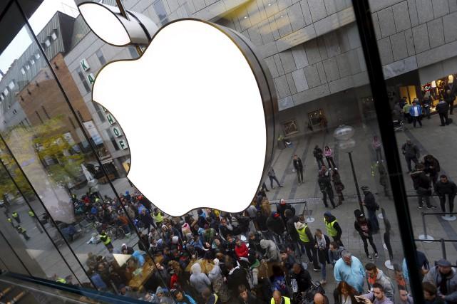 Un changement notable du iPhone7serait l'abandon de la... (AP, Matthias Schrader)
