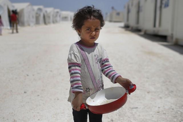 Quarante-cinq pour cent des enfants réfugiés proviennent de... (AP)