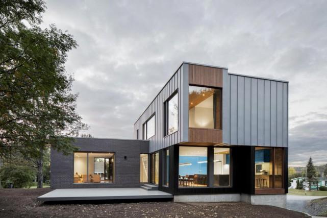 Les médias ont contribué à rendre l'architecture plus... (Photo Adrien Williams, fournie par _naturehumaine)