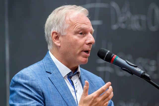 Jean-François Lisée est l'undes candidats à la direction... (La Presse Canadienne, Paul Chiasson)