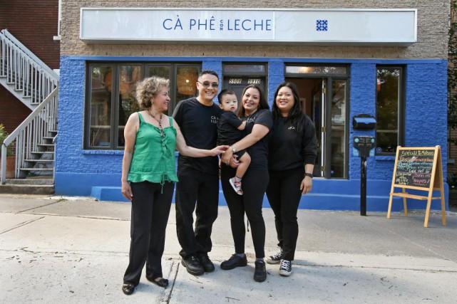 Le Cà Phê Con Leche est une affaire... (Photo Robert Skinner, La Presse)