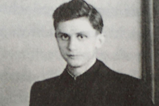 Joseph Ratzinger photographié en 1951.... (PHOTO ARCHIVES AP/KNA)