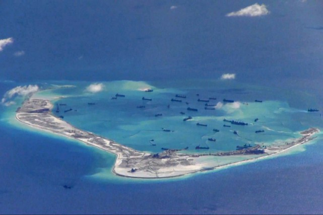 La Chine revendique l'essentiel de la mer de... (PHOTO ARCHIVES REUTERS)