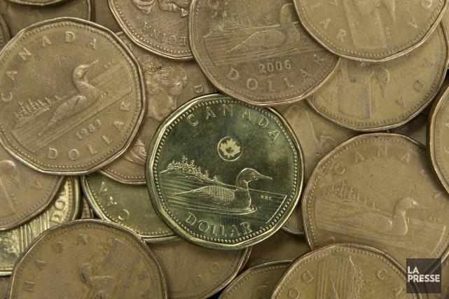 Le huard a cédé 0,32 cent US à... (Robert Skinner, archives La Presse)