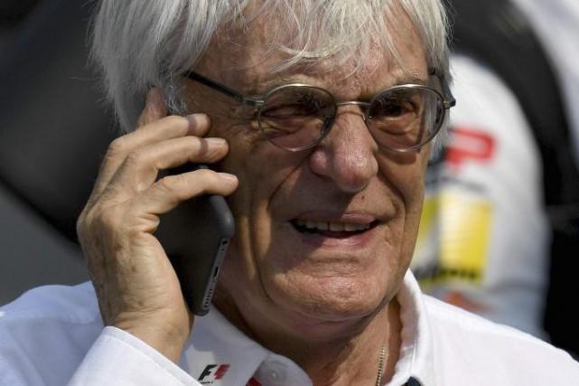 Bernie Ecclestonejouera le même rôle au sein de... (AFP, Andrej Isakovic)