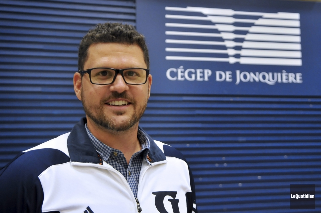 L'entraîneur des Gaillards du Cégep de Jonquière, Philippe... (Photo Le Quotidien, Rocket Lavoie)