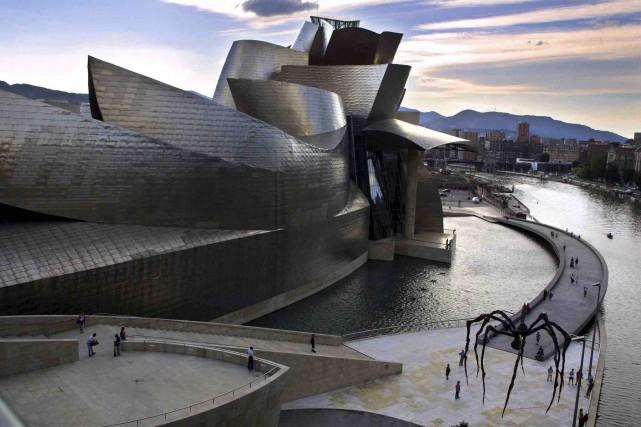 Conçu par l'architecte américano-canadien Frank Gehry, le musée... (AFP, Rafa Rivas)