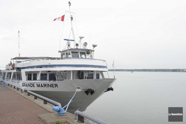 Le MV Grande Mariner... (Sylvain Mayer, Le Nouvelliste)