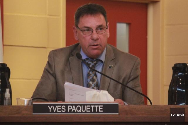 Selon le conseiller Yves Paquette, les bénévoles de... (Martin Brunette, LeDroit)