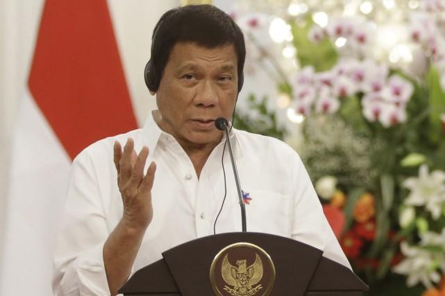 Plus tôt cette semaine, Rodrigo Duterte a qualifiéBarack... (PHOTO Dita Alangkara, AP)