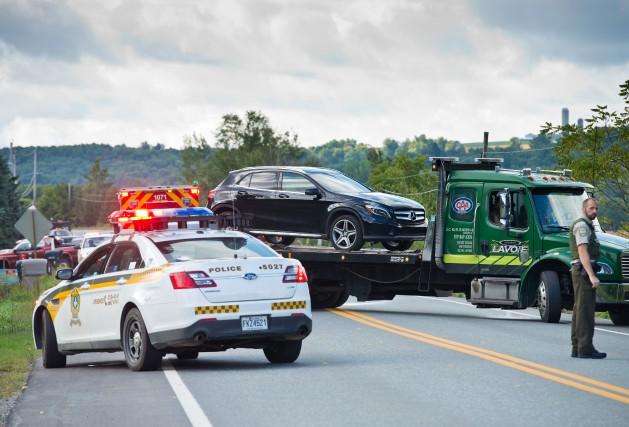 Cinq véhicules ont été impliqués dans une collision... (Spectre Média, Jessica Garneau)