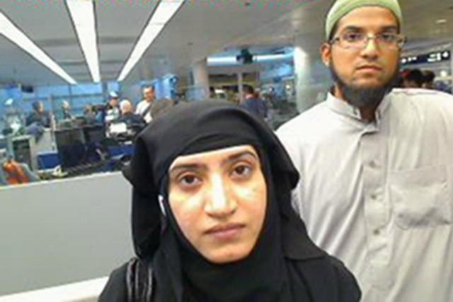 Syed Rizwan Farook et sa femme, Tashfeen Malik,... (PHOTO archives AP)