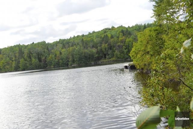Le lac de l'Aqueduc demeurera la propriété de... (Photo Le Quotidien, Gimmy Desbiens)