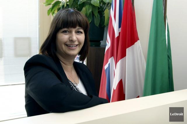 Aux Affaires francophones, la députée d'Ottawa-Orléans, Marie-France Lalonde,... (Patrick Woodbury, Archives LeDroit)