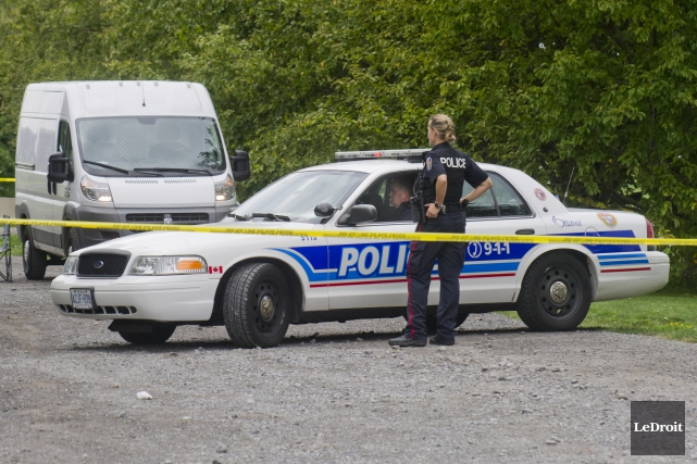 Un corps a été retrouvé samedi matin sur le terrain de la Ferme expérimentale... (Martin Roy, LeDroit)