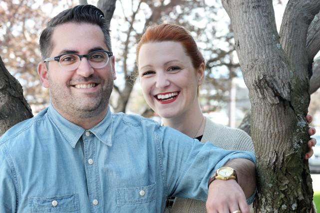 Samuel Archibald et Genevieve Pettersen démontrent leur sentiment... (Archives Le Progrès-Dimanche, Rocket Lavoie)