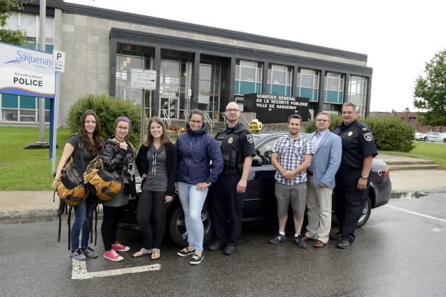 Les policiers de la Sécurité publique de Saguenay... (Photo Le Progrès-Dimanche, Jeannot Lévesque)