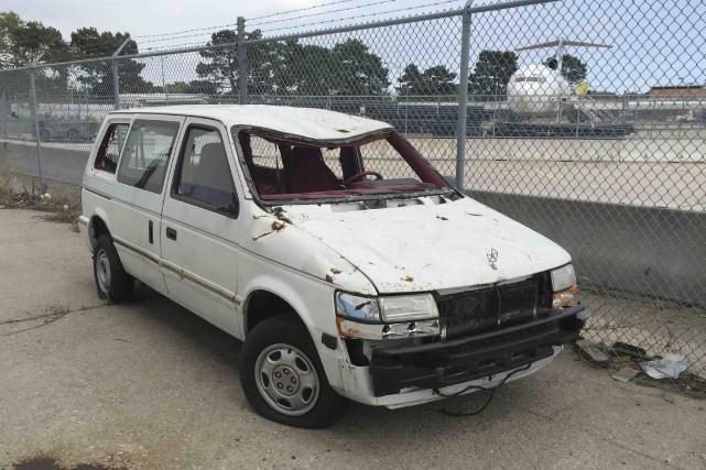 Cette camionnette, qui appartenait à une agence gouvernementale... (AP)