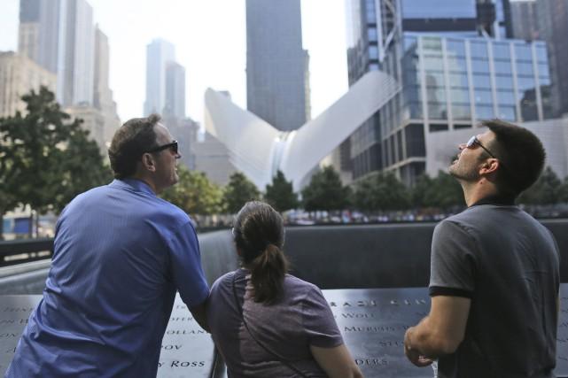 Pour les touristes, le mémorial du 11 Septembre... (AFP, Mary Altaffer)