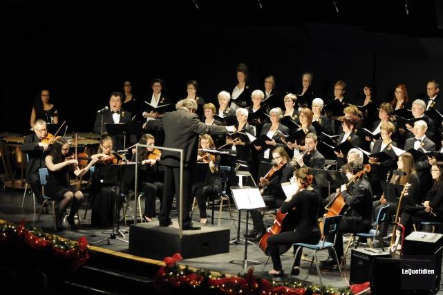 Le Choeur Amadeus invite les amateurs de chant... (Archives Le Quotidien, Mariane L. St-Gelais)