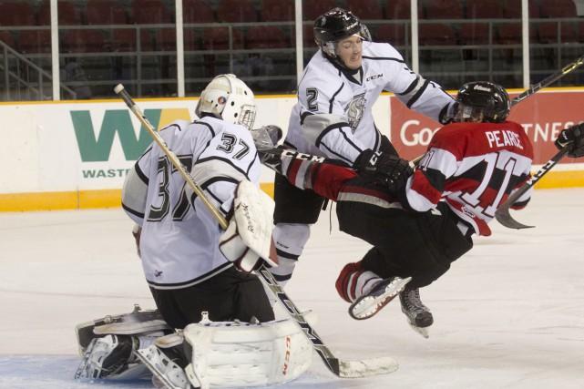 Les 67's d'Ottawa ont battu les Olympiques de... (Martin Roy, LeDroit)