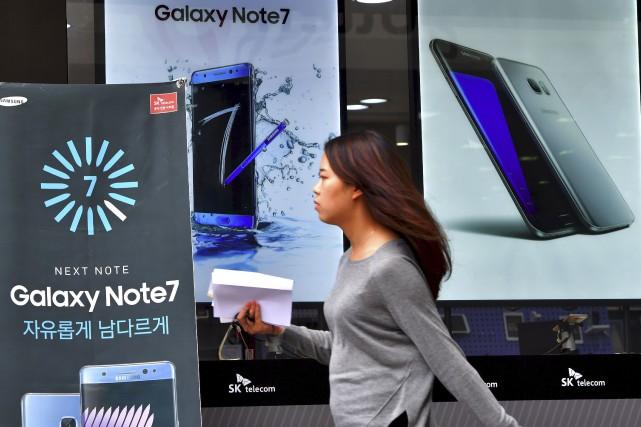 L'action Samsung dégringolait lundi à la Bourse de... (AFP, Jung Yeon-Je)