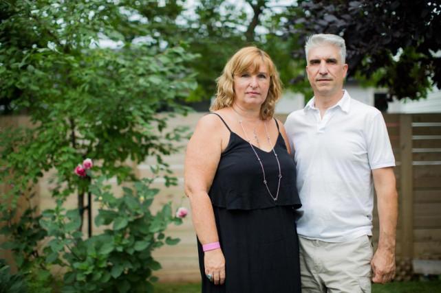 Dix ans après les événements, Louise et Nelson... (PHOTO EDOUARD PLANTE-FRÉCHETTE, LA PRESSE)