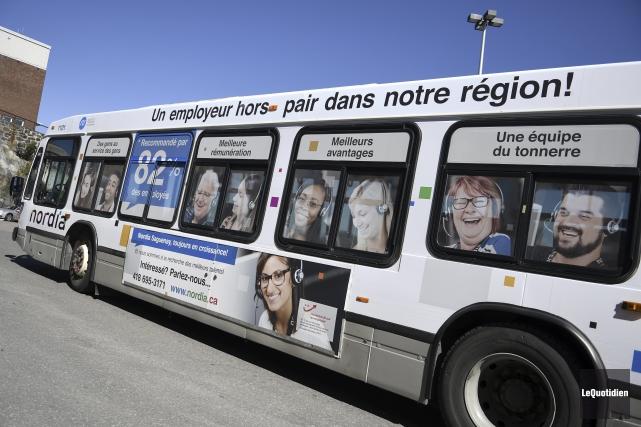 L'autobus Nordia parcourra les routes des trois arrondissements... (Photo Le Quotidien, Mariane L. St-Gelais)