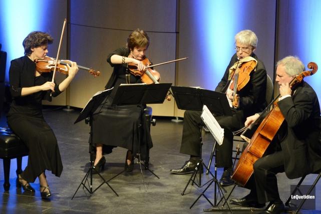 Le Quatuor Alcan joue un rôle majeur en... (Archives Le Quotidien, Jeannot Lévesque)