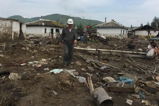 Environ 24 000 maisons ont été totalement détruites... (PHOTO AFP)