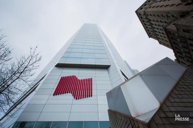 Pour une deuxième journée consécutive, les clients de la Banque Nationale sont... (PHOTO EDOUARD PLANTE-FRÉCHETTE, ARCHIVES LA PRESSE)